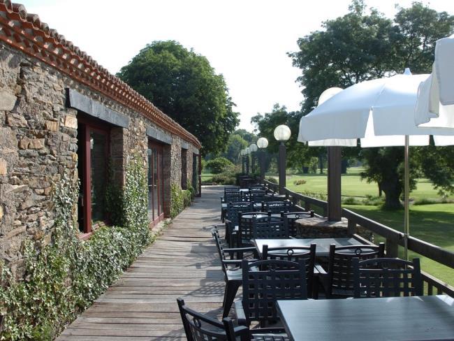 terrasse-restaurant-golf-de-la-varenne