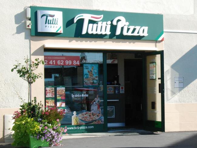 Tutti-Pizza1