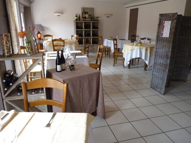 restaurant-le-mine-d-or-st-pierre-montlimart (5)