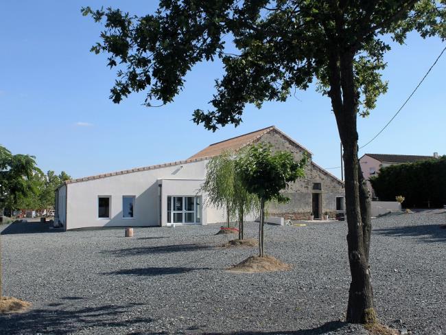 salle-réception-la-petite-felixière-st-andré-de-la-marche-1