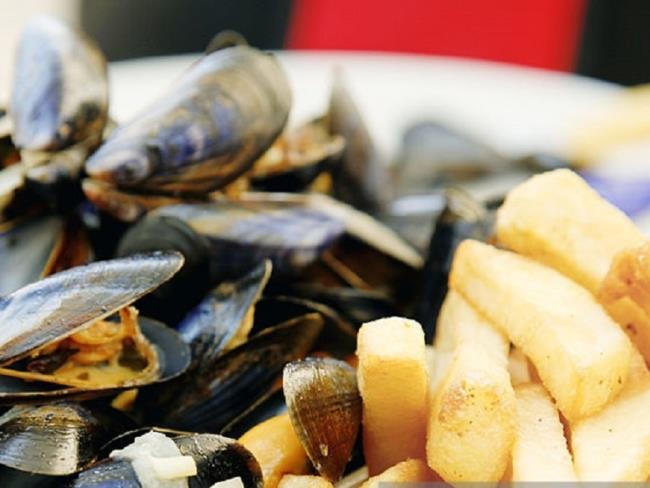 soiree-moules-frites-bouzille