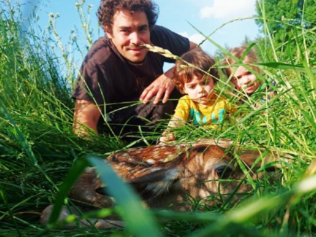 visite-famille-cerfs-fardelliere-valanjou-chemille-anjou